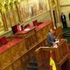 János Károly spanyol király beszédet mond a Parlamentben